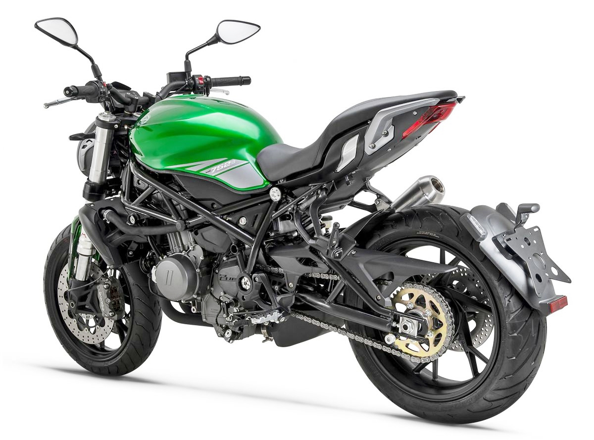 Benelli-752S-2019-Doithu-moi-cua-Ducati-Monster-anh-9