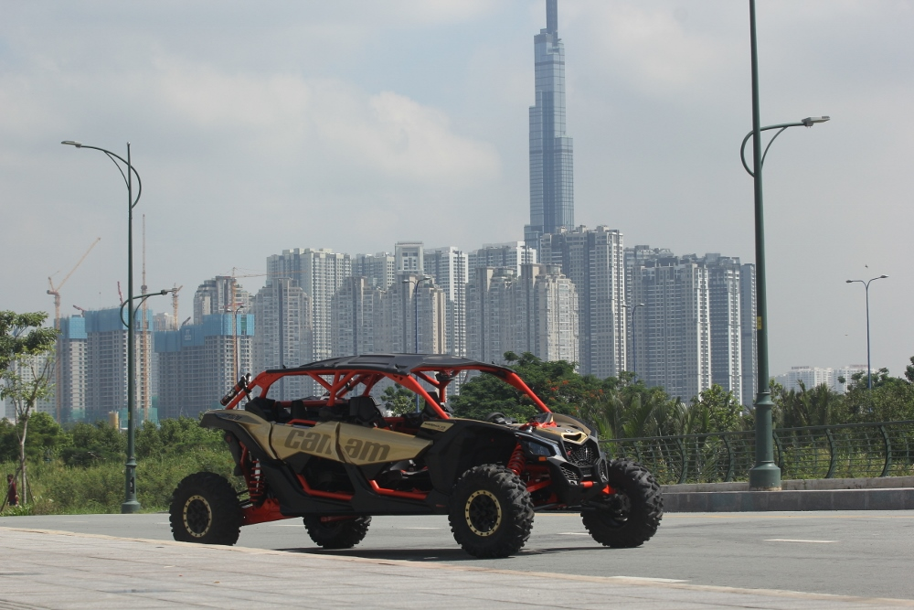 Test-Can-Am-Maverick-X-rs-2019-anh-3